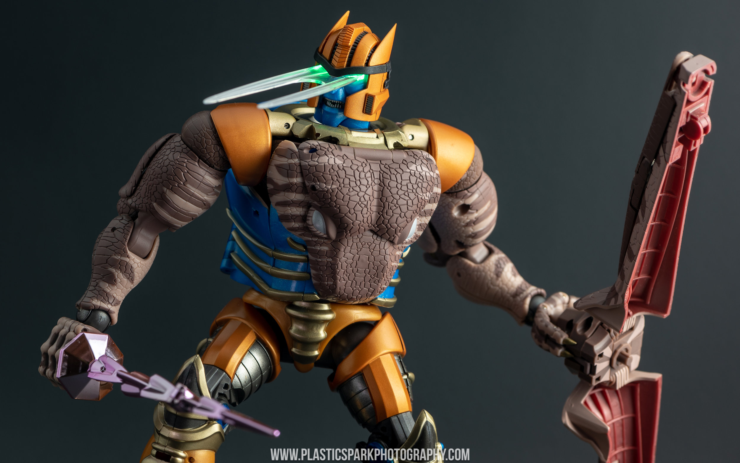 Masterpiece MP-41 Dinobot (22 of 88).jpg