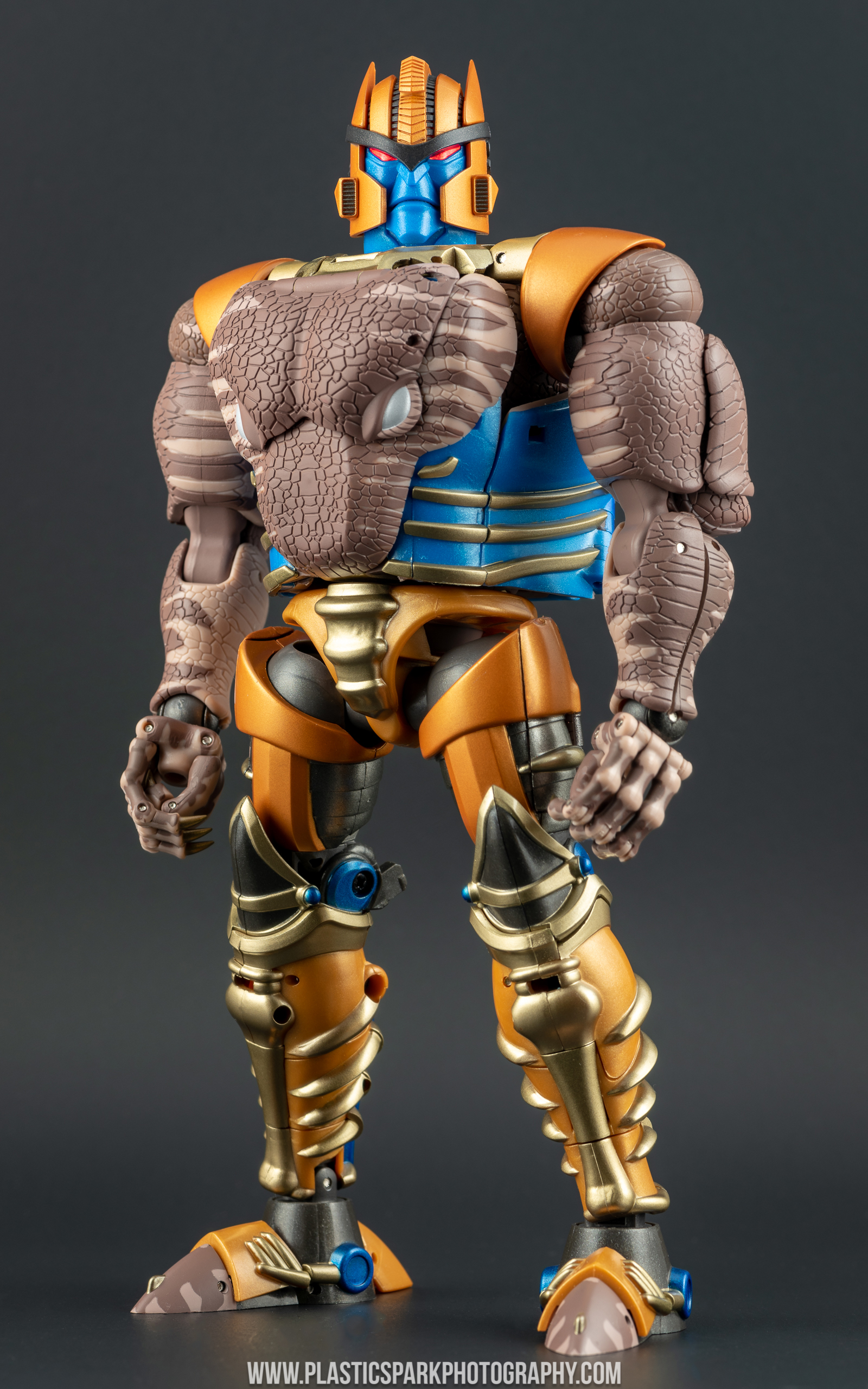 Masterpiece MP-41 Dinobot (25 of 88).jpg