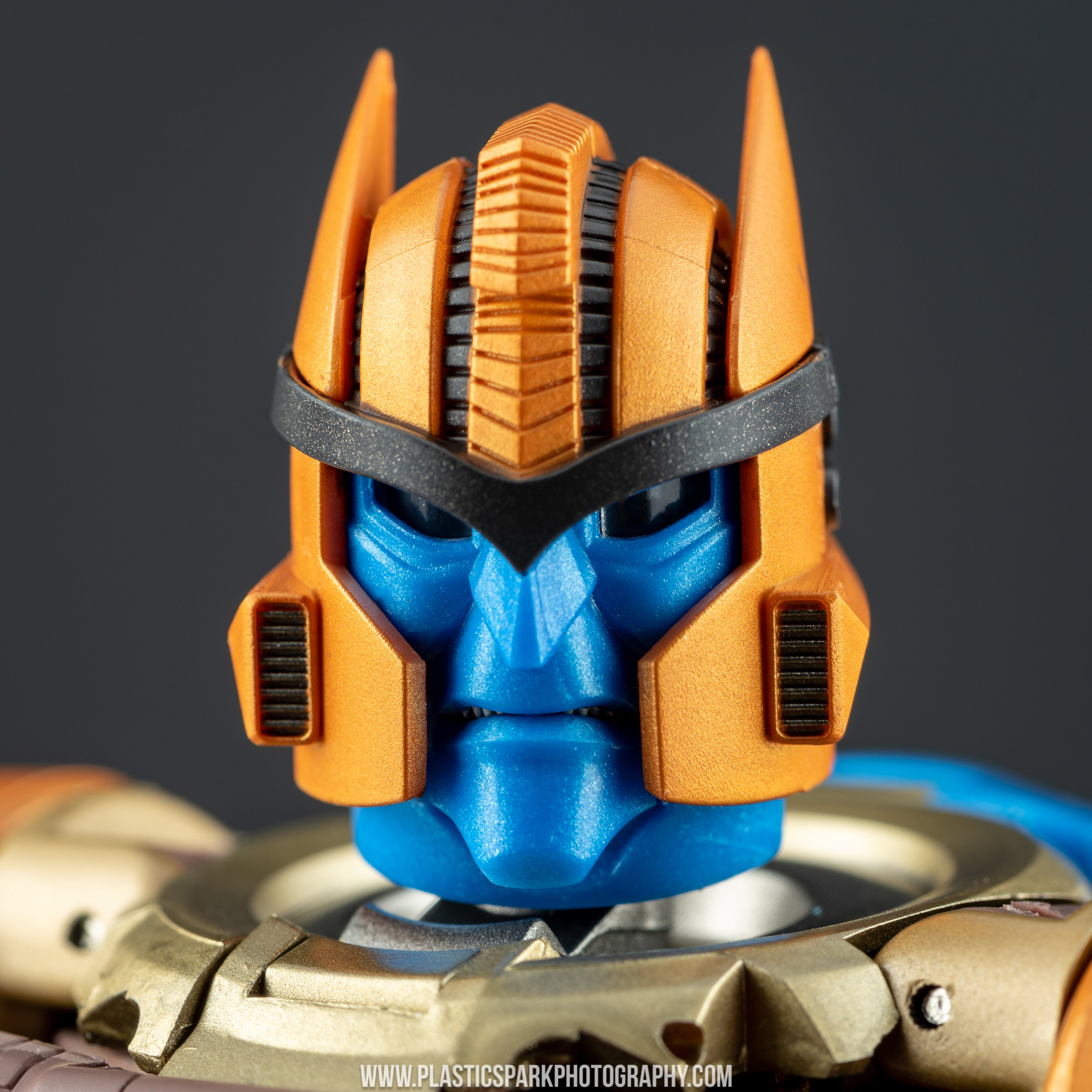 Masterpiece MP-41 Dinobot (35 of 88).jpg