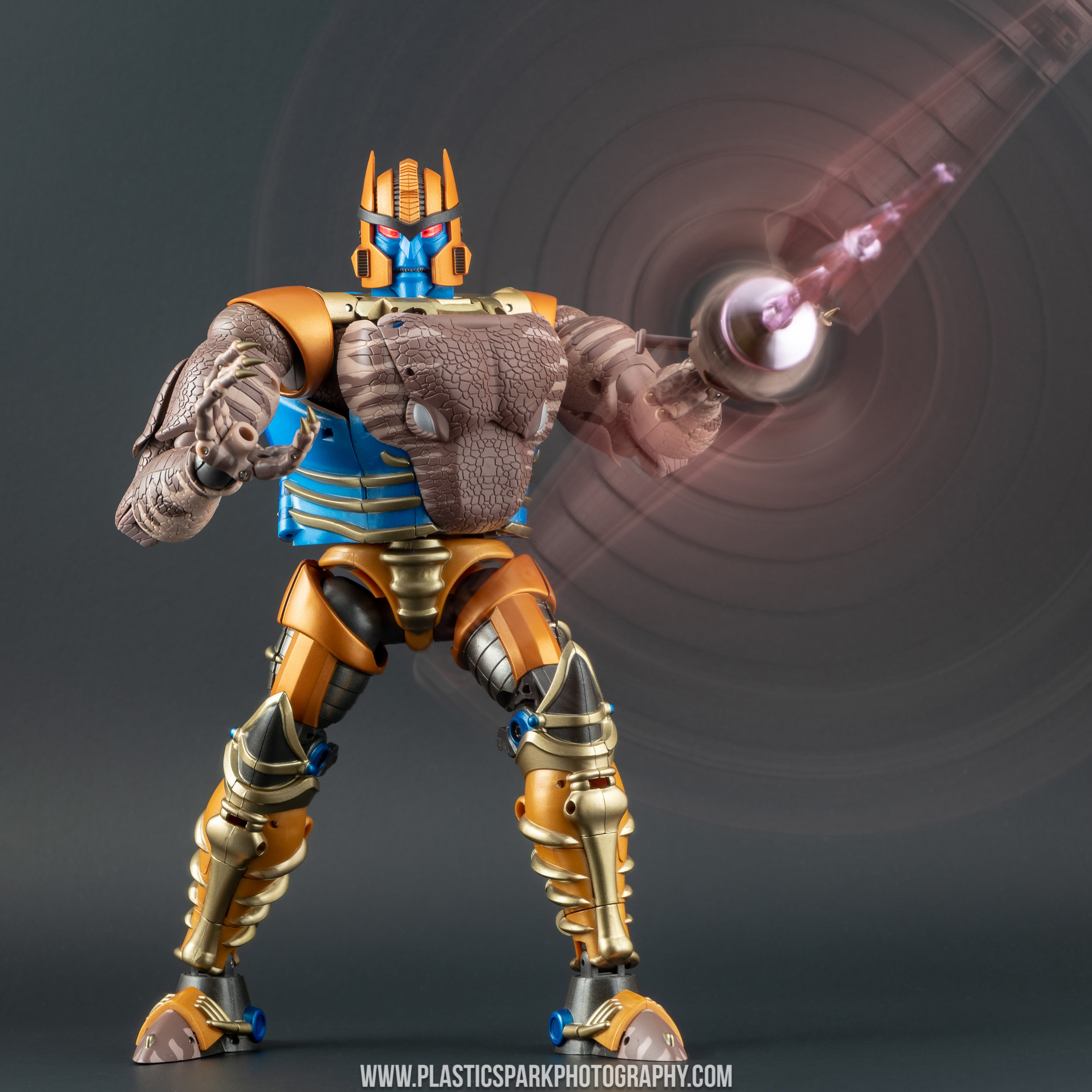 Masterpiece MP-41 Dinobot (53 of 88).jpg