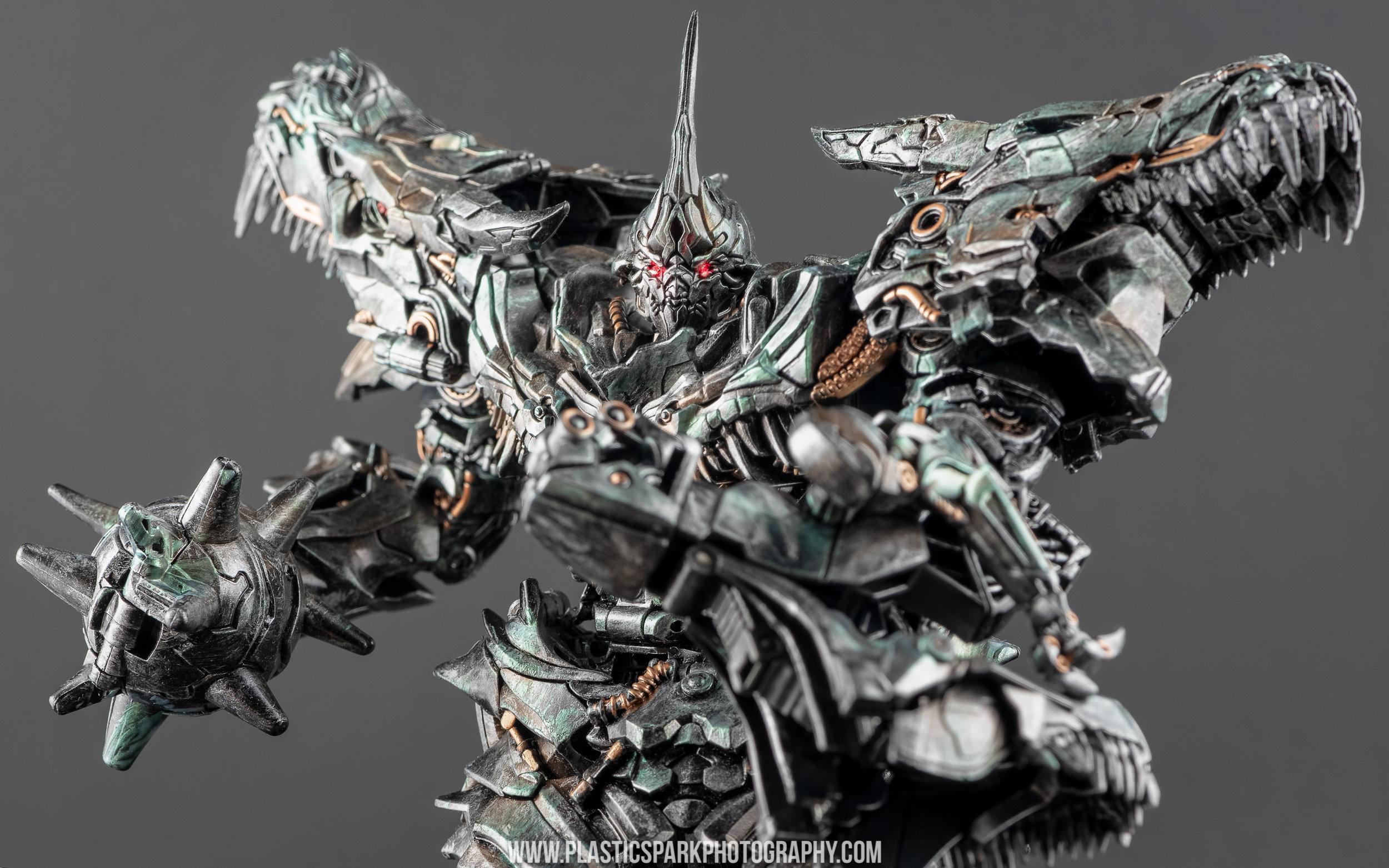 Custom Studio Series Grimlock - Bryan Liu (9 of 27).jpg