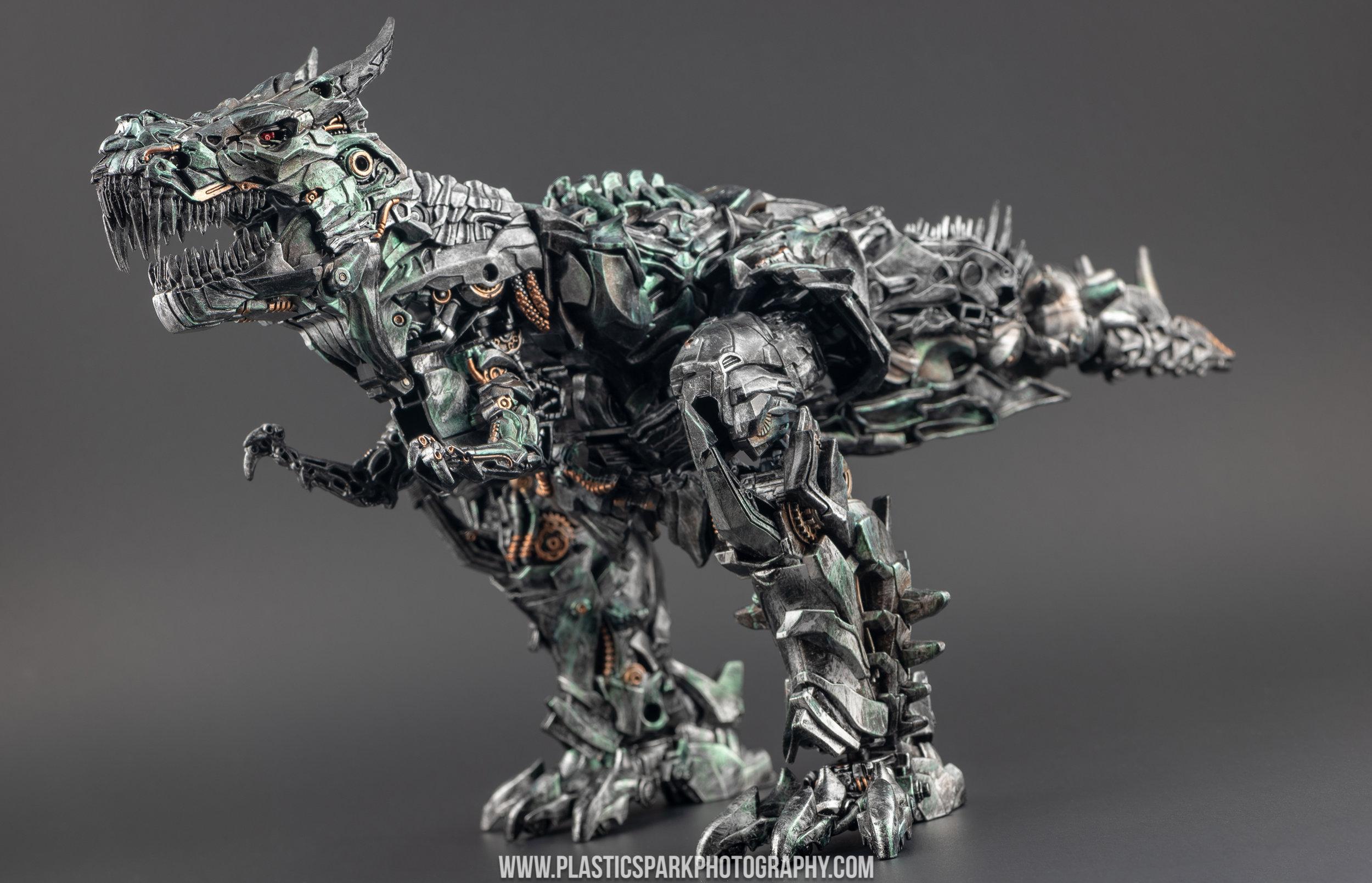 Custom Studio Series Grimlock - Bryan Liu (12 of 27).jpg