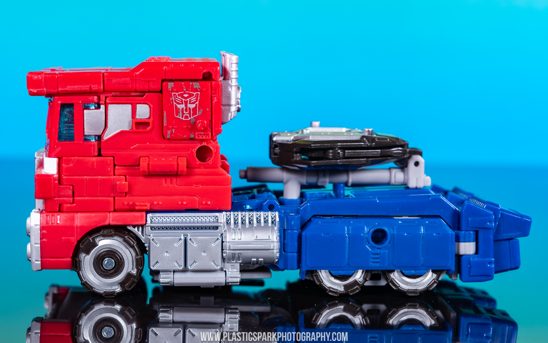 Voyager Siege Optimus Prime (19 of 31).jpg