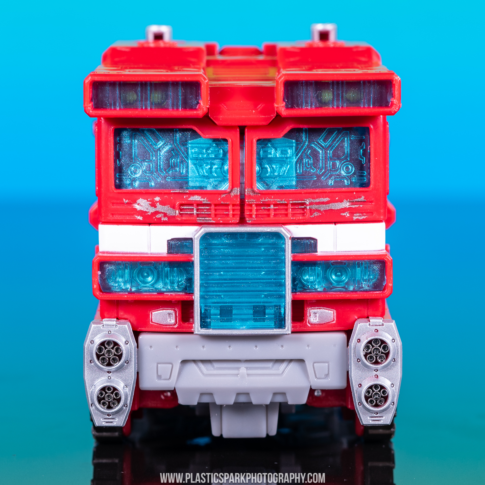 Voyager Siege Optimus Prime (23 of 31).jpg