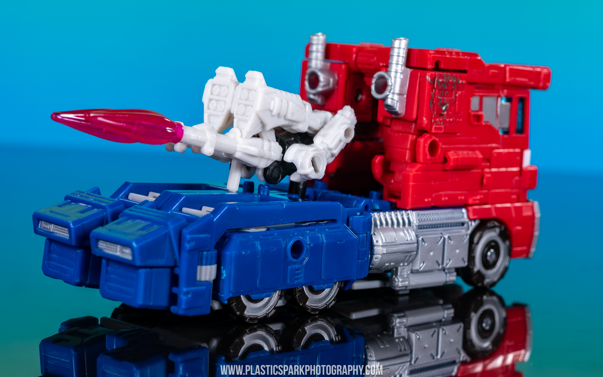 Voyager Siege Optimus Prime (25 of 31).jpg