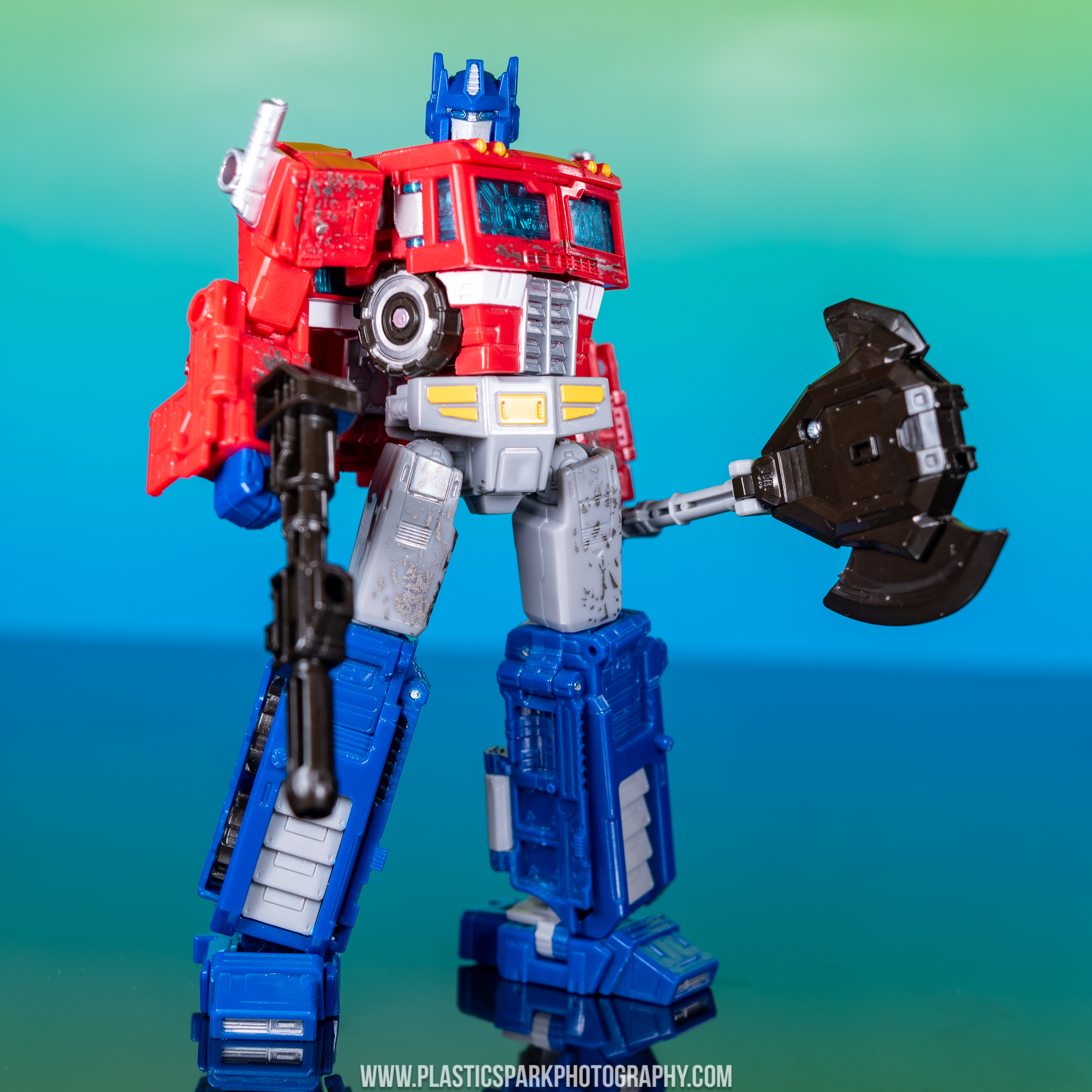 Voyager Siege Optimus Prime (4 of 31).jpg