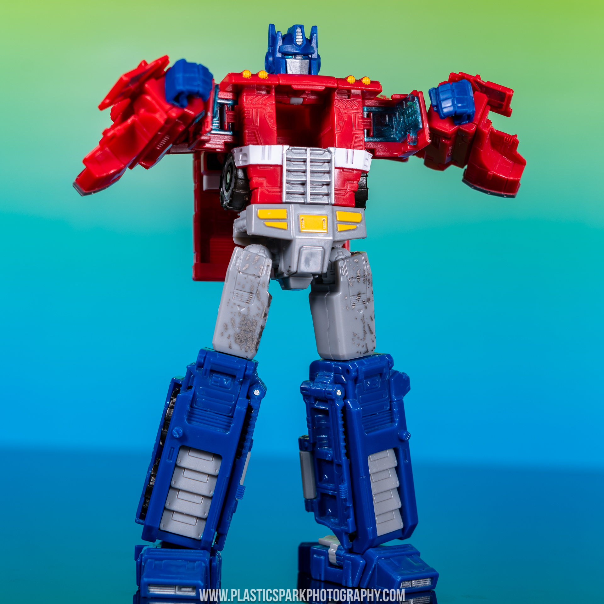 Voyager Siege Optimus Prime (12 of 31).jpg