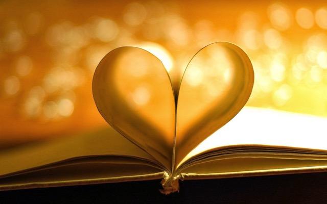 Heart+Book+Wallpapers+(1).jpeg