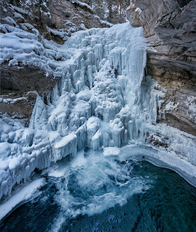 Johnston Canyon Lower Falls.jpg