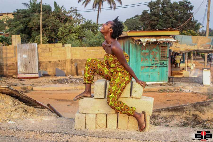 Accra Dot Alto