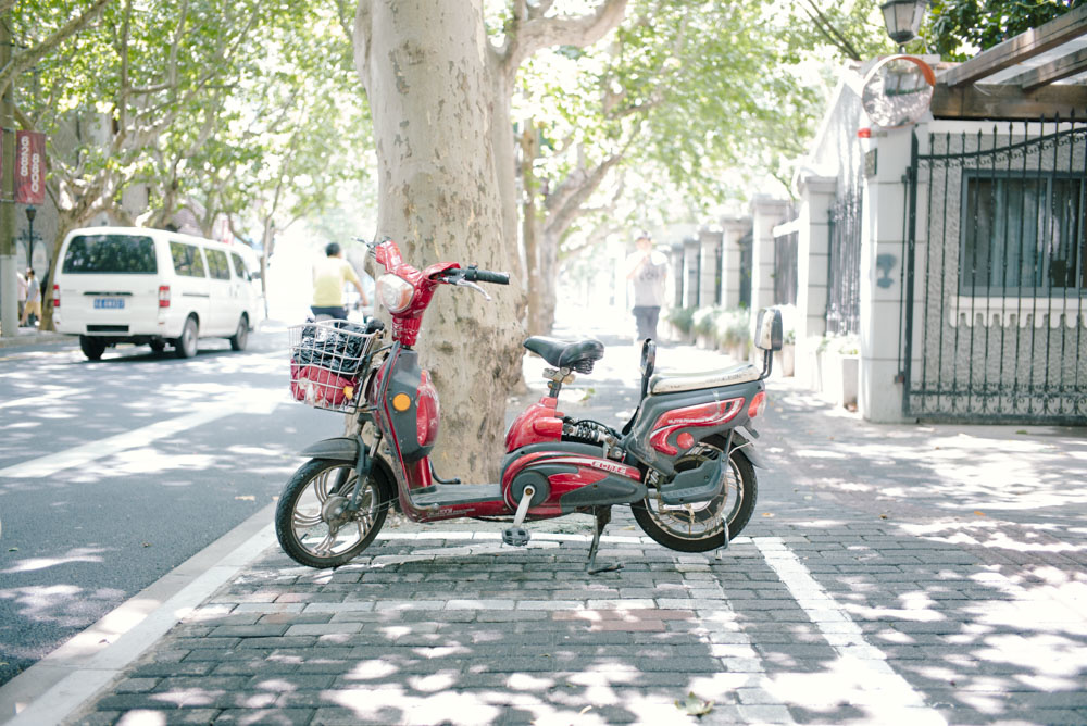 上海かわいいシリーズ:電気バイク