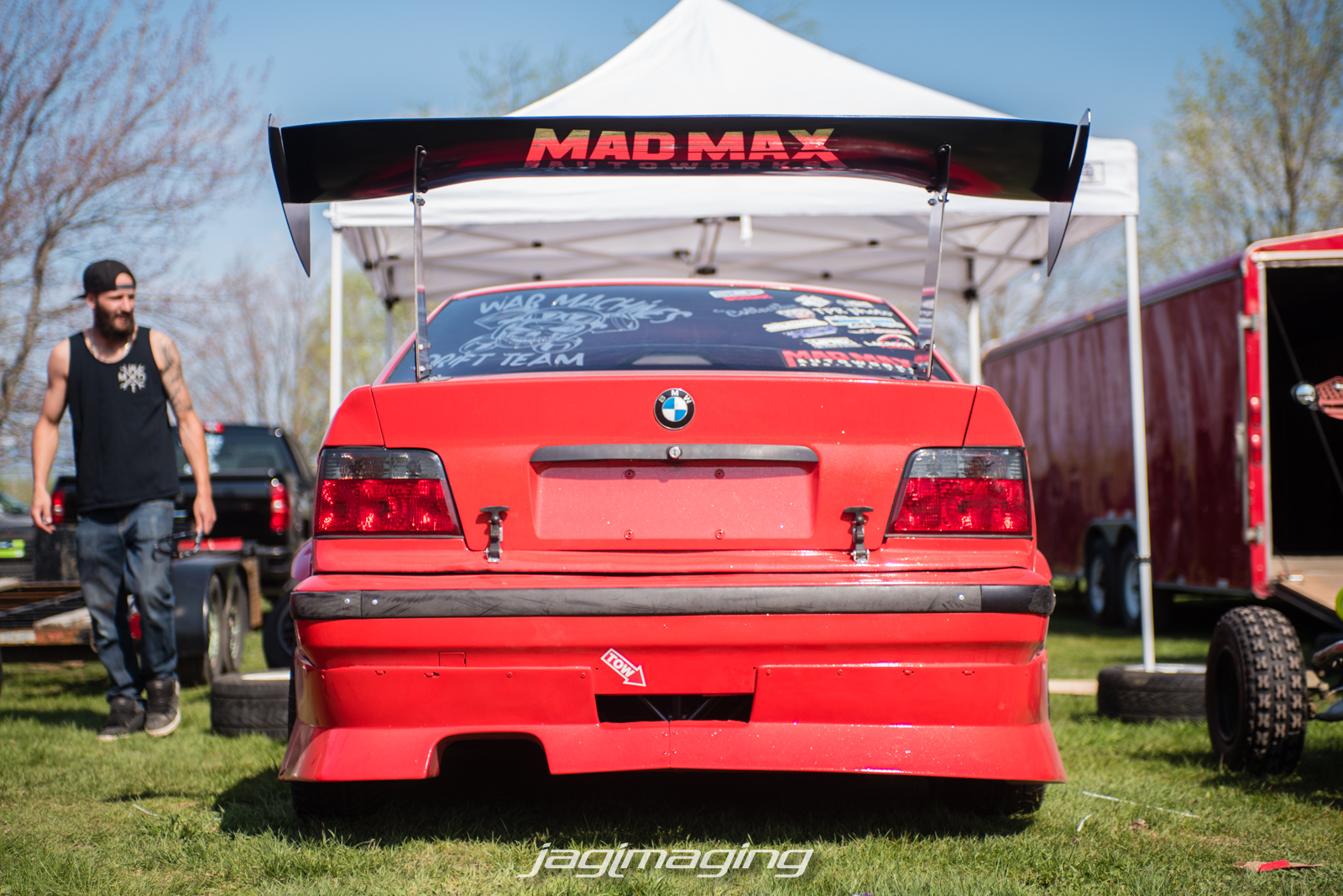 Walking around the pits you had everything from 4 door skylines, Mad Max Autoworks BMW...