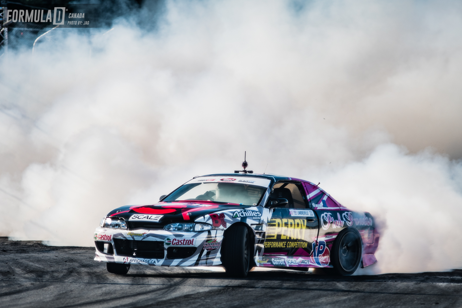 Those Achilles tires sure can smoke!