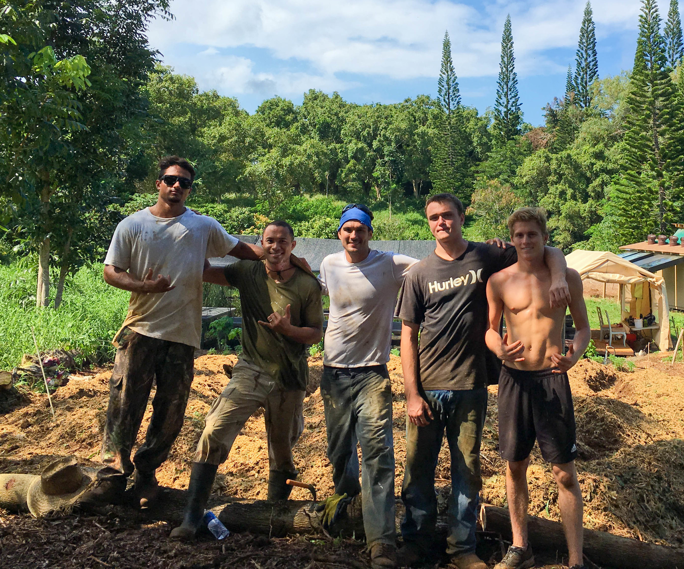 Hawaii Community Jiu-Jitsu working at the Naikela farm