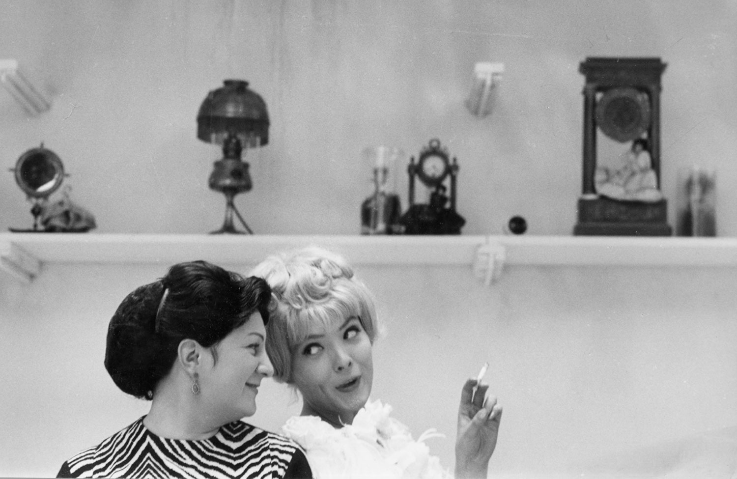 Still from  Cléo from 5 to 7