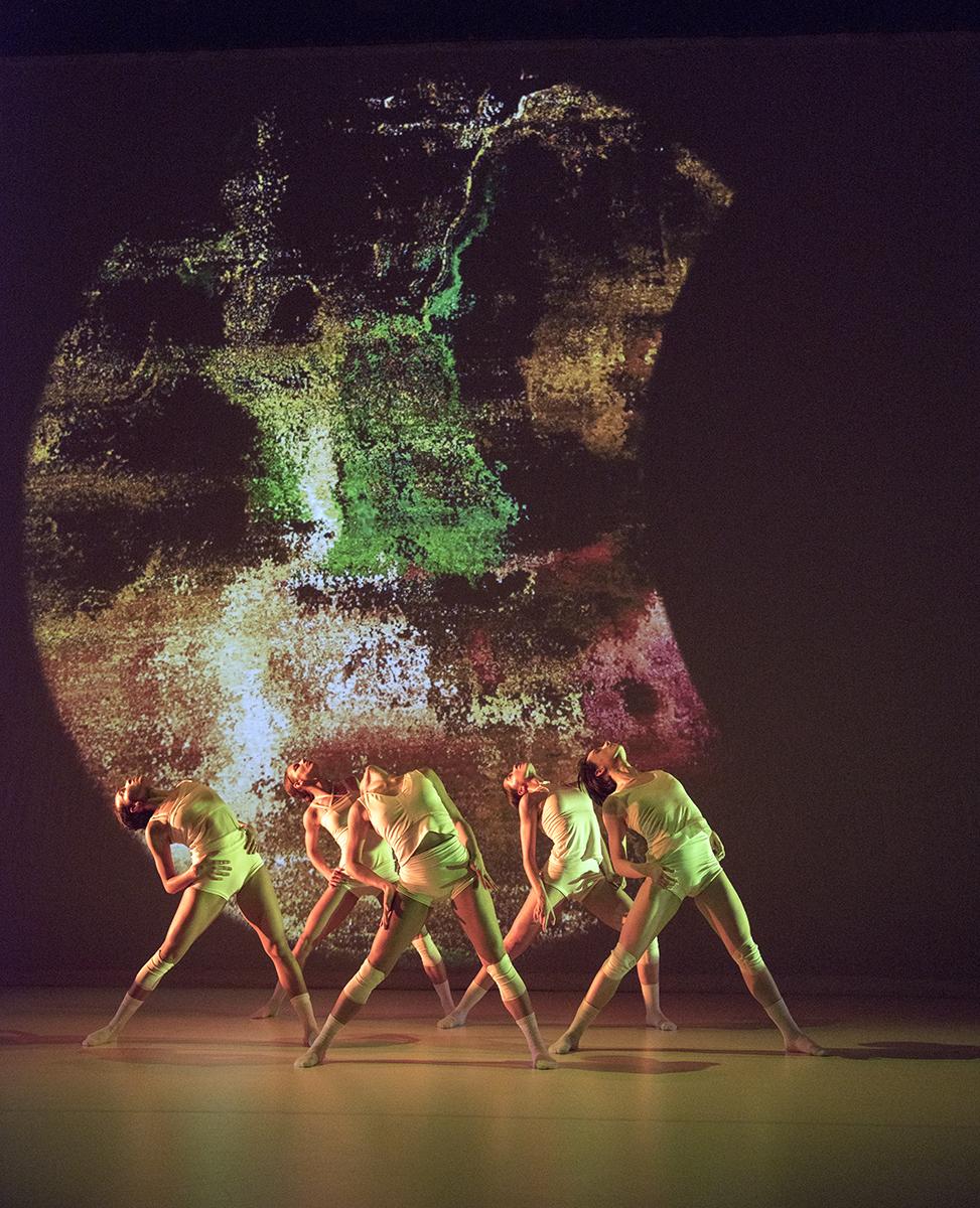 Wen Wei Dance in Ying Yun, photo by Chris Randle