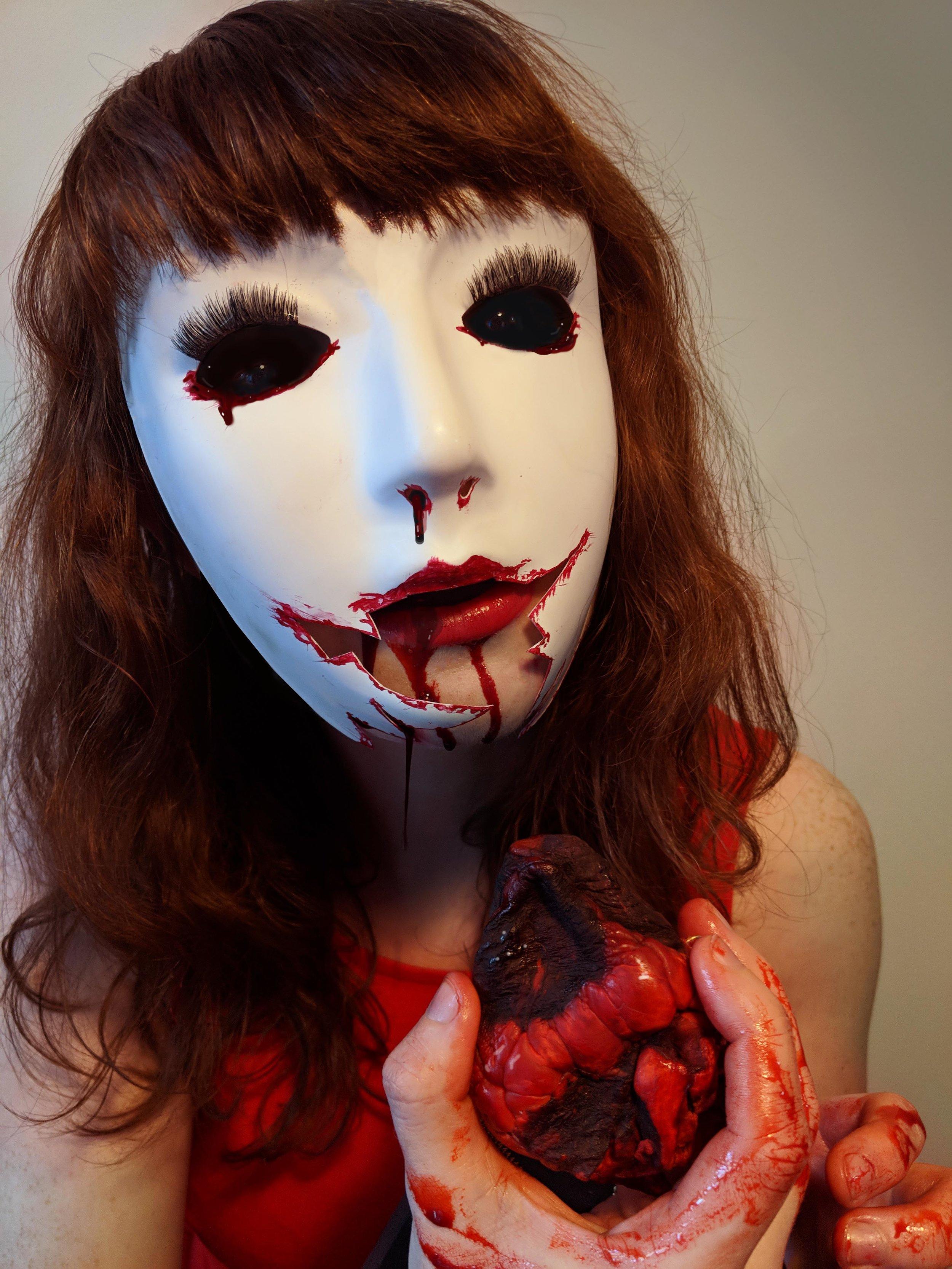 RedGlimmer _Actor&PhotoEditor.AlyssonHall_ Photographer.PatriciaTrinh.jpg