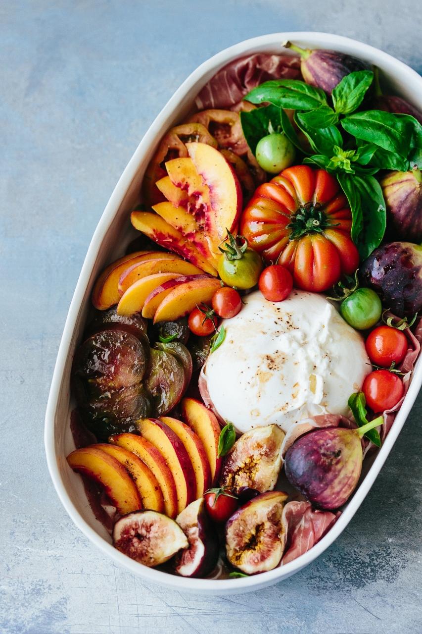 Tomato fig peach salad Vy Tran (12 of 15) (853x1280).jpg