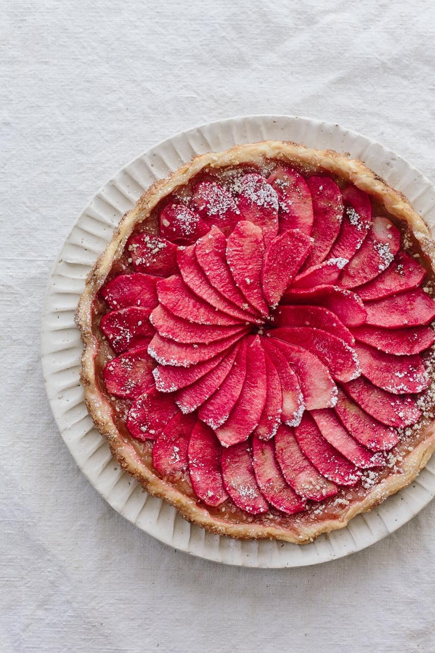 Hidden rose apple tart Vy Tran (3 of 5) (853x1280).jpg
