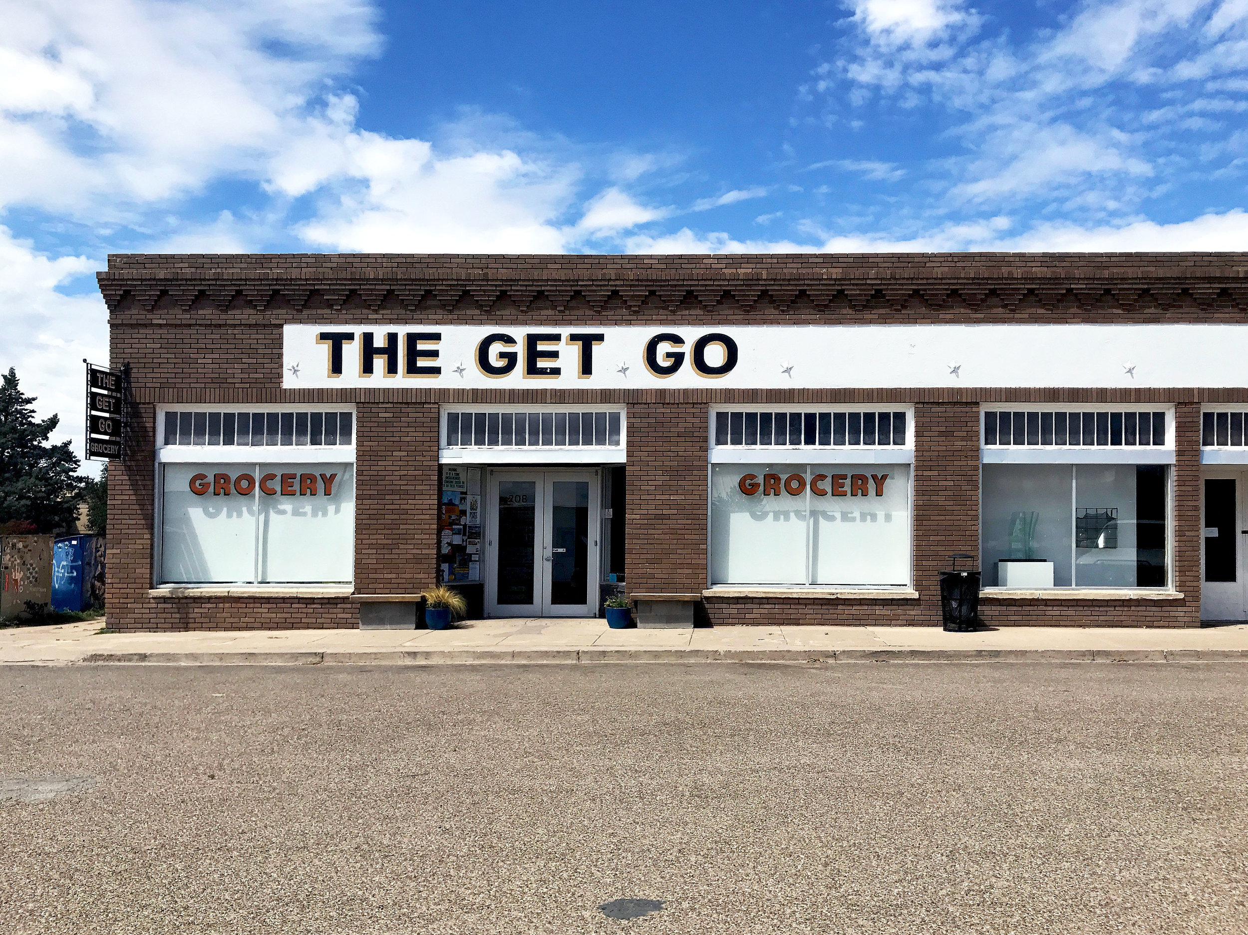 Pieceology-Vintage-The-Get-Go-Grocery-Store-Marfa-Texas.jpg