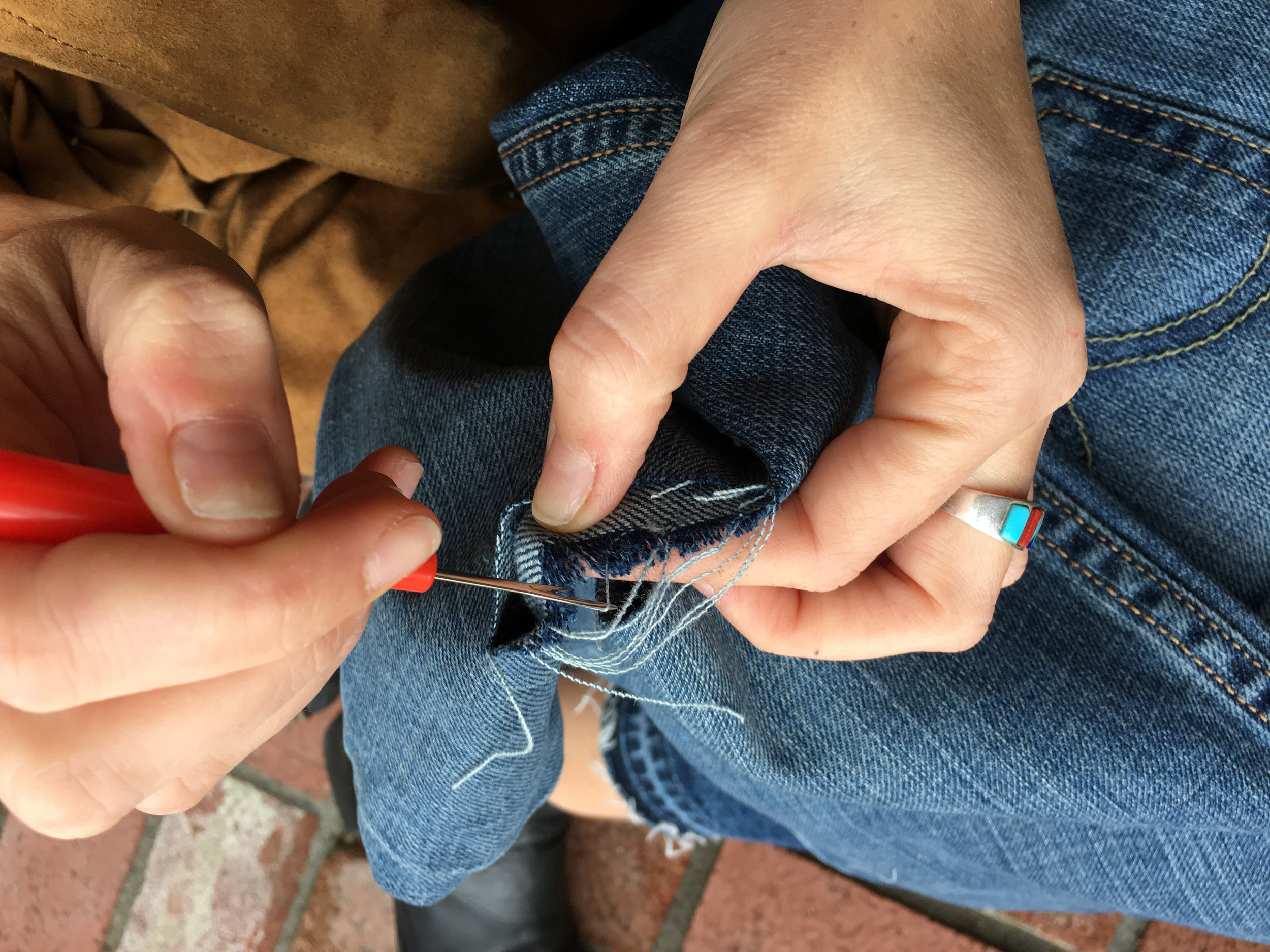 Pieceology-Vintage-How-To-DIY-Denim-Jeans-Ripping-Blog-6.jpg