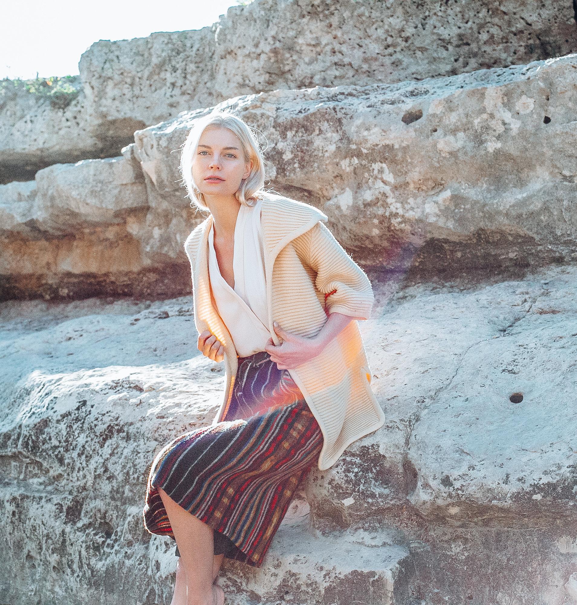 Pieceology-Vintage-1950s-1960s-Cream-Wool-Short-Sleeved-Sweater-Jacket-3.jpg