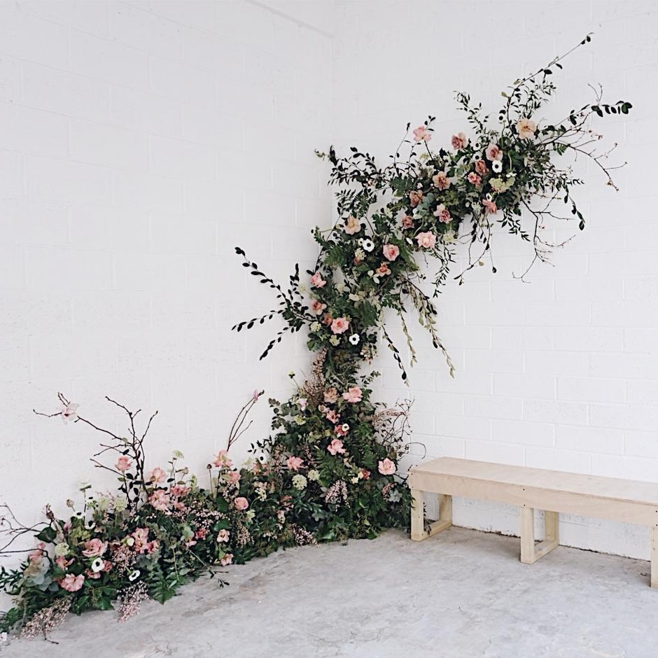 Bloaum   Florist specialising in the imaginative and unquily beautiful.