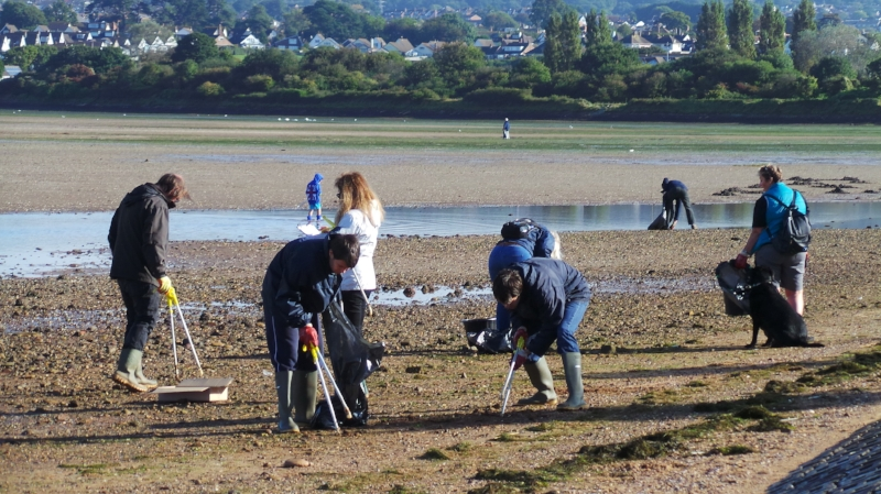 Krispies will be sponsoring the Exe Estuary Beach Cleans again in 2018