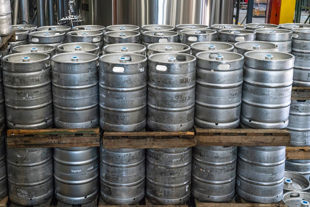 beer_barrels-min.jpg