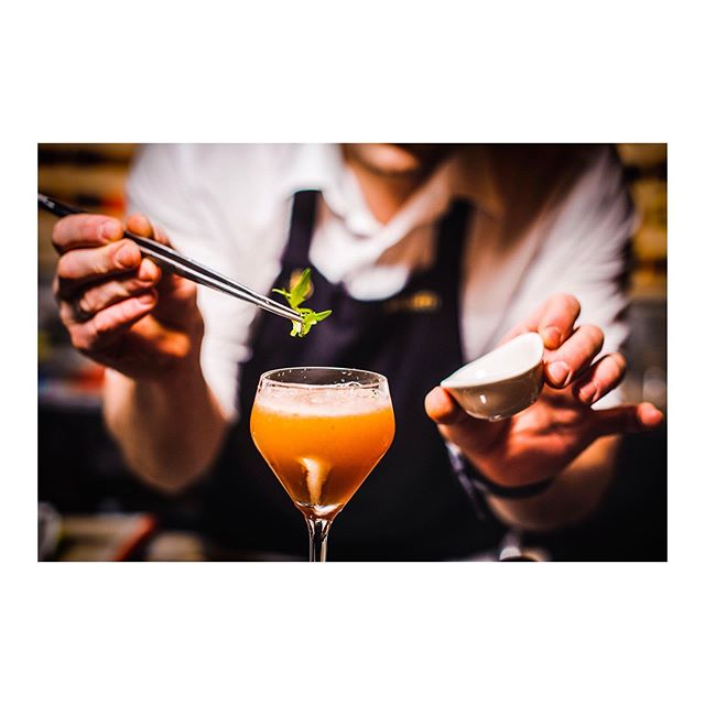 COCKTAIL ART // Mixing drinks is an art form, similar to professional chefs creating food. Bartending is a highly artistic profession and we salute all in our industry. We take the mixing of drinks very seriously here and pour heart and soul into every drink we make. . . . #cocktailsofinstagram #cocktail #drinks #drinkstagram #party #mixology #cocktails #thirsty #rum #whisky #drinks🍹 #bartender #mixologist #bar #hospitality #drinksporn #dranks #events #extraordinarydrinking
