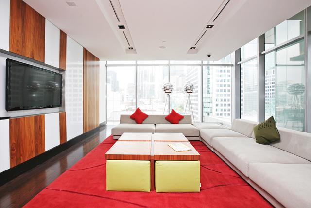 Media Lounge 1.JPG