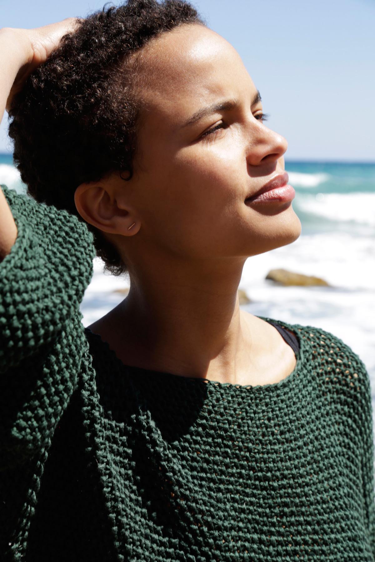 Love_Thing_Sweater_2.jpg