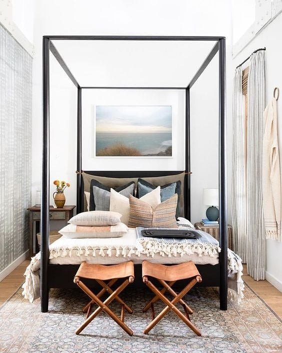 Tons of throw pillows and a HUGE canopy bed just exudes luxury. Great choices by the design team. . . . . #trimspaces #interiordecor #interiores #interiorstyling #interiorstyle #actualinstagramhomes #housebeautiful  #myinteriorstyletoday #interior_and_living #instahome #instadesign #homestyling #instainterior #interiorforinspo #myhouse  #interiorinspo #interior4inspo #dream_interiors #charminghomes #interior_delux #bloglovinhome #simplystyleyourspace #howyouhome #styleithappy #inmydomaine