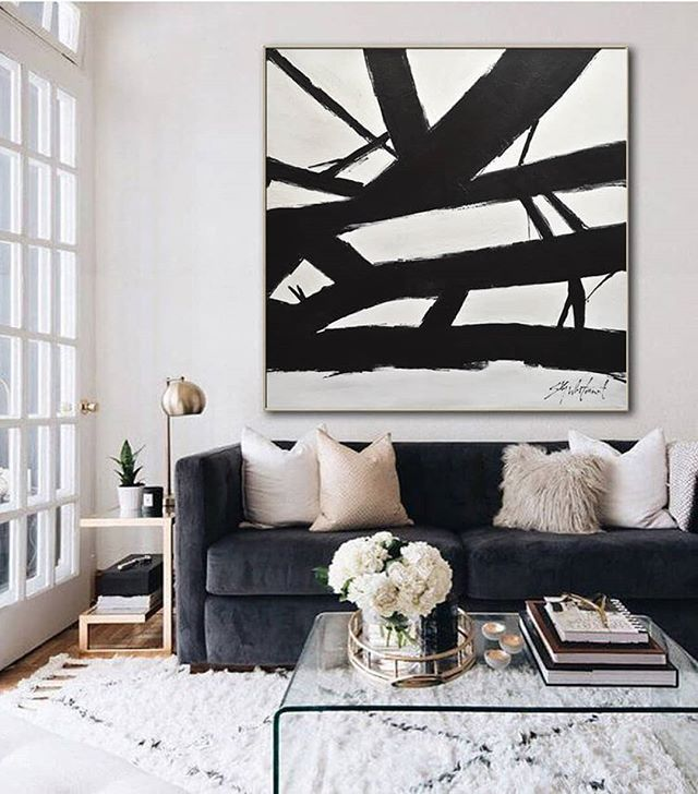 Powerful artwork can really impact the style of the space. Love how they used such bold contrasting colors. . . . . #trimspaces #interiordecor #interiores #interiorstyling #interiorstyle #actualinstagramhomes #housebeautiful  #myinteriorstyletoday #interior_and_living #instahome #instadesign #homestyling #instainterior #interiorforinspo #myhouse  #interiorinspo #interior4inspo #dream_interiors #charminghomes #interior_delux #bloglovinhome #simplystyleyourspace #howyouhome #styleithappy #inmydomaine