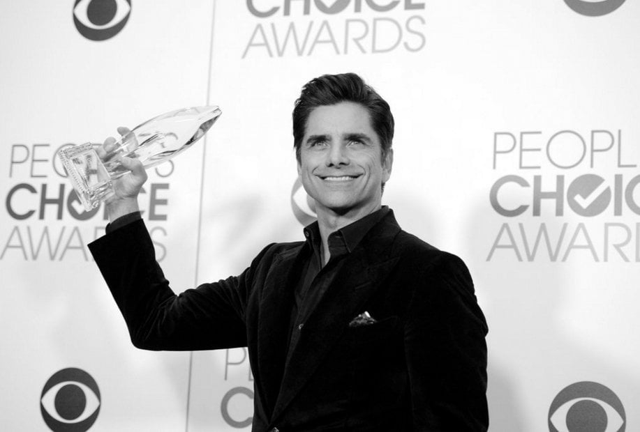 JOHN STAMOS | 'FAVORITE ACTOR IN A NEW TV SERIES' |  PEOPLE'S CHOICE AWARDS 2016
