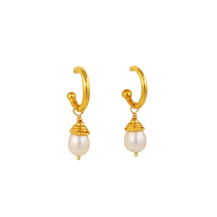 White Pearls with 18k Gold