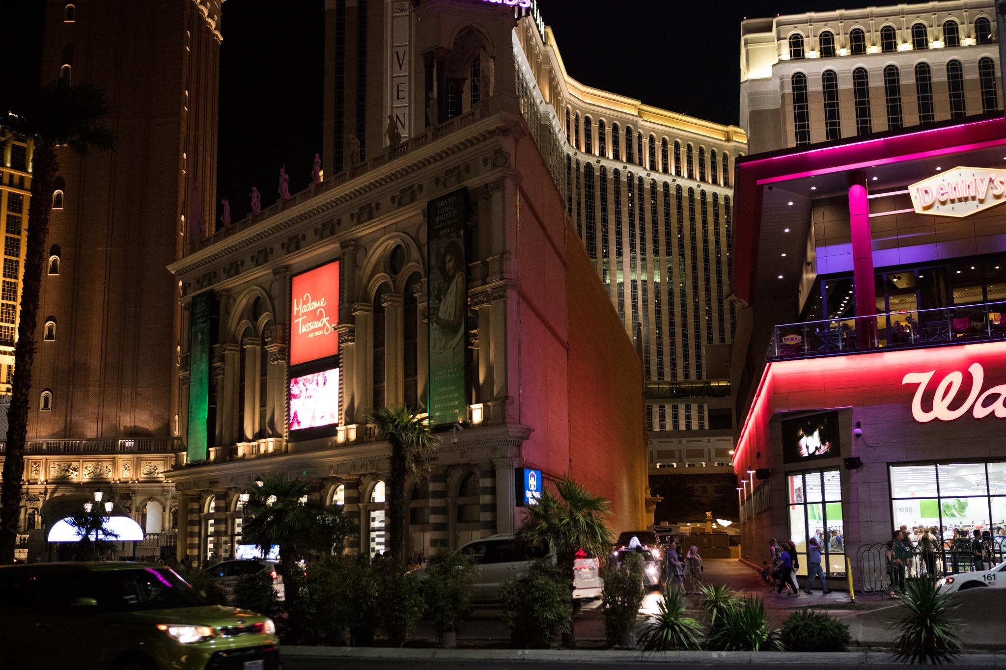 nightlife street photography on the strip in Las Vegas.jpg