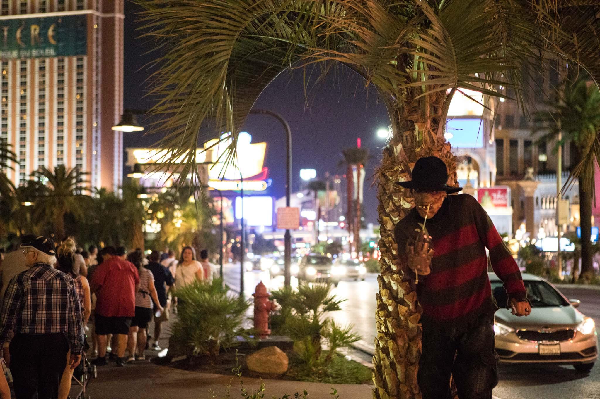 scarecrow street performer being rude on the strip in Las Vegas.jpg