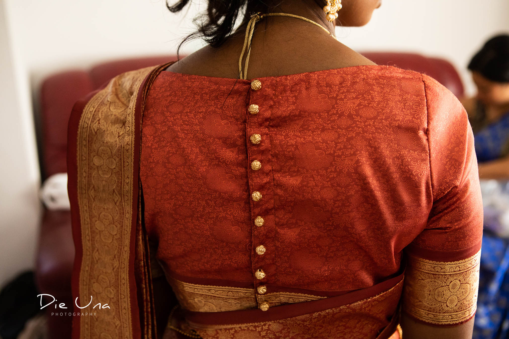 detail shot of the back of saree Sri Lankan bride is wearing.jpg