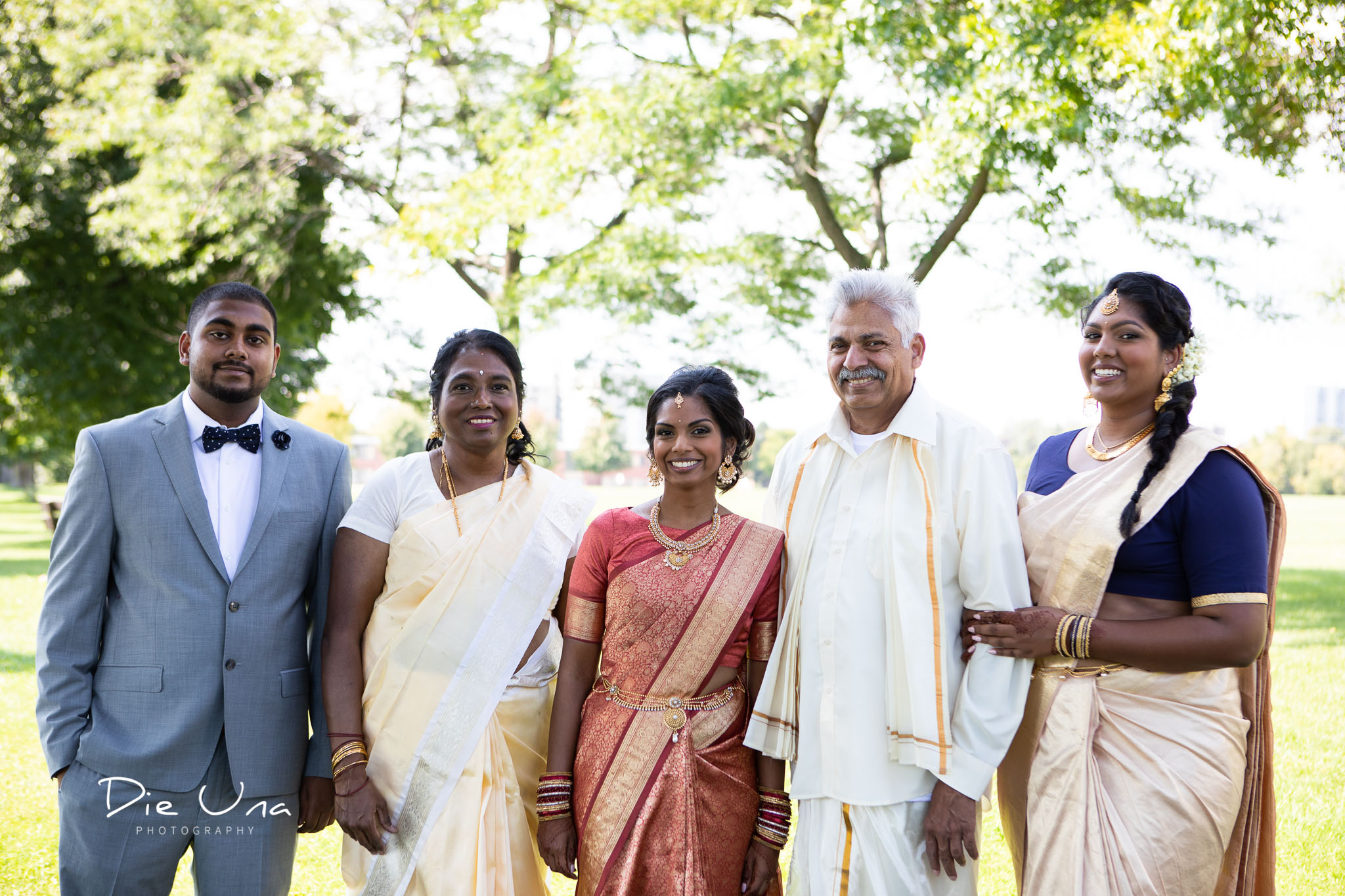 wedding portrait of Sri Lankan bride's family in Toronto.jpg