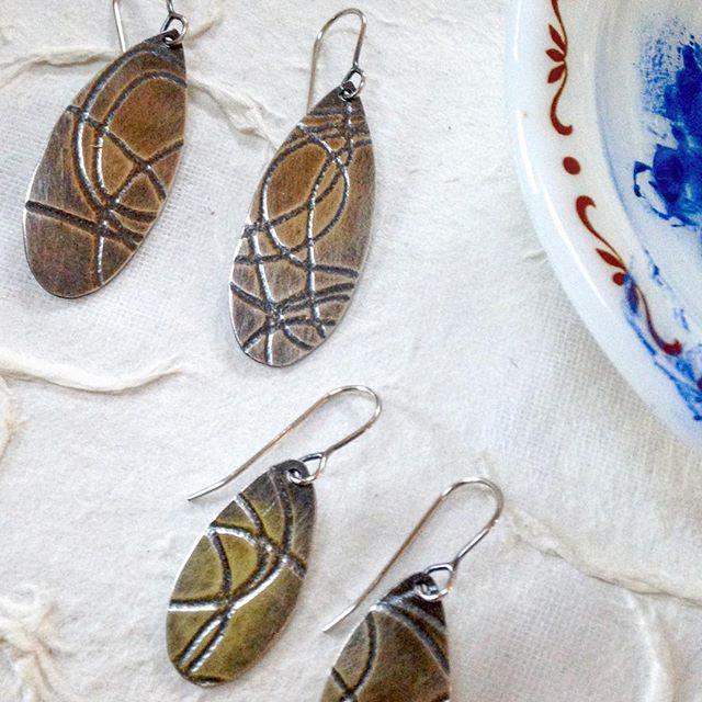 Exploring New texture on sterling. . . . @handworkithaca #handmadejewelry #creativelifehappylife #kinfolk #inspiredlife #shopsmall #handmadejewelry #silver925 #modernwoman #contemporaryjewelrydesign  #instadaily #instajewelery #jewelerygram