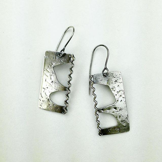 #earrings #sterling# 1.75inches#modern#handmadejewelry #lisebouvet