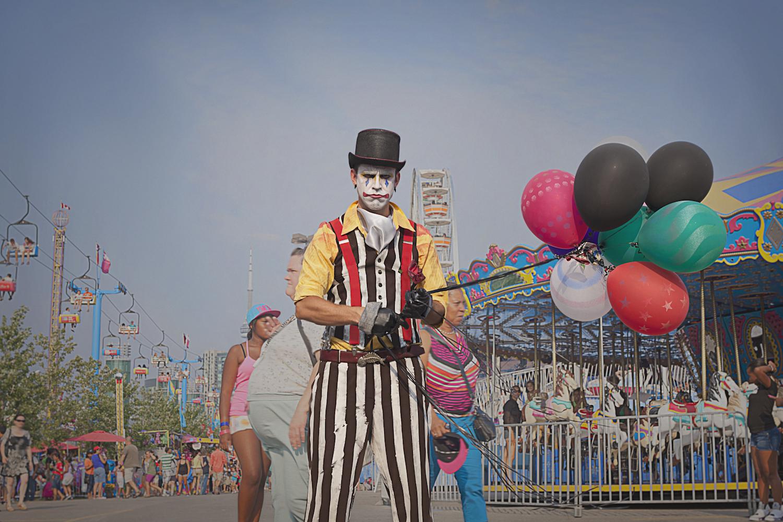Clown-1900_w.jpg