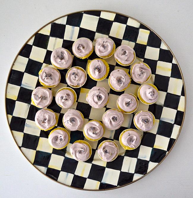 lavender-cupcakes2.jpg