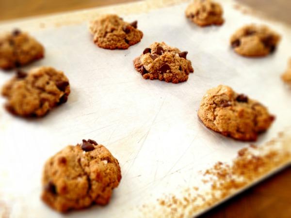 almond-cookies.jpg