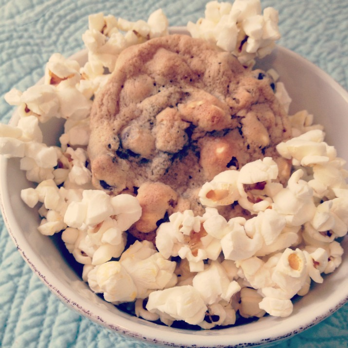 popcorn-in-my-cookie-1.jpg