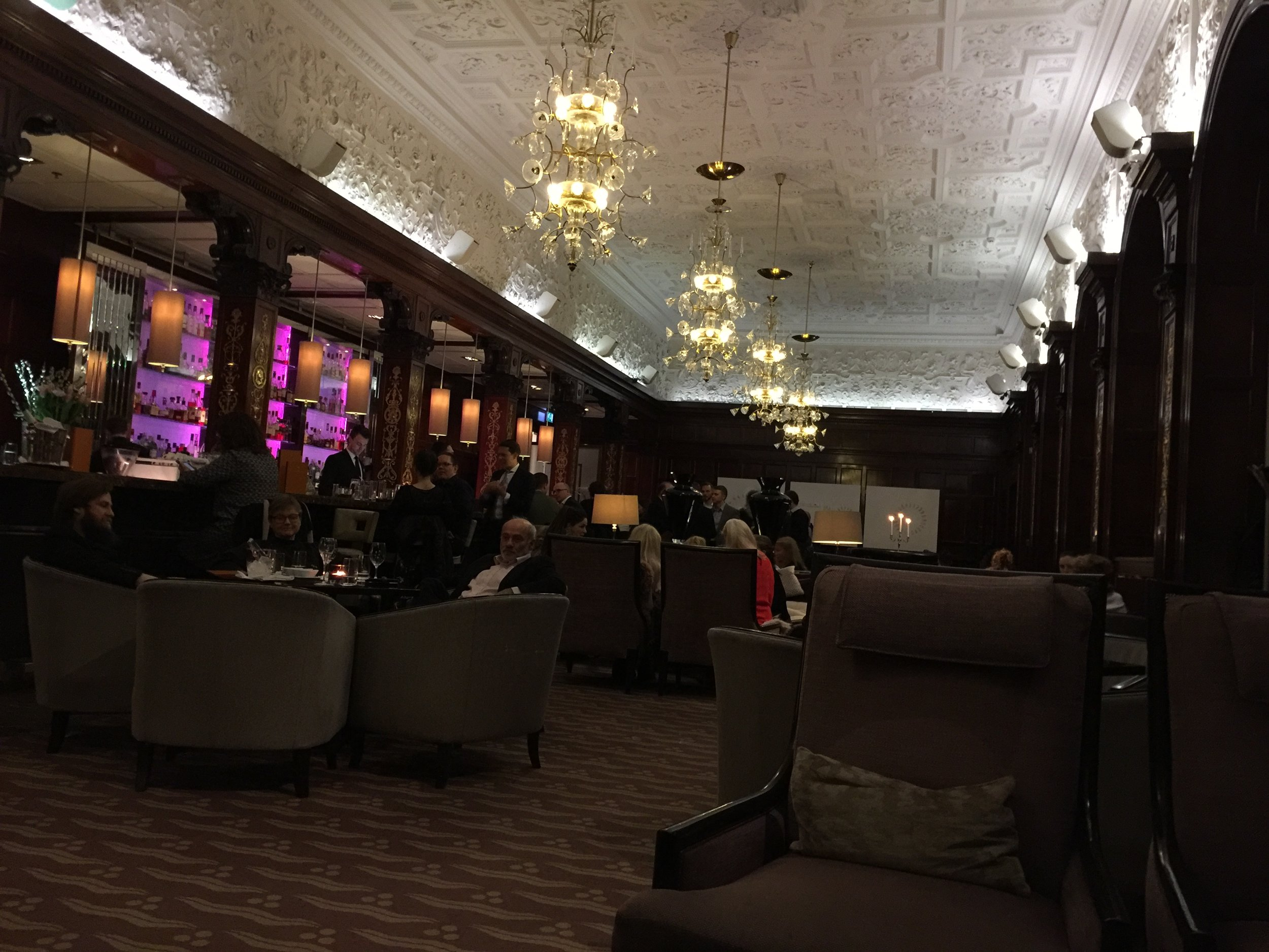 Cadierbaren, Grand Hotel