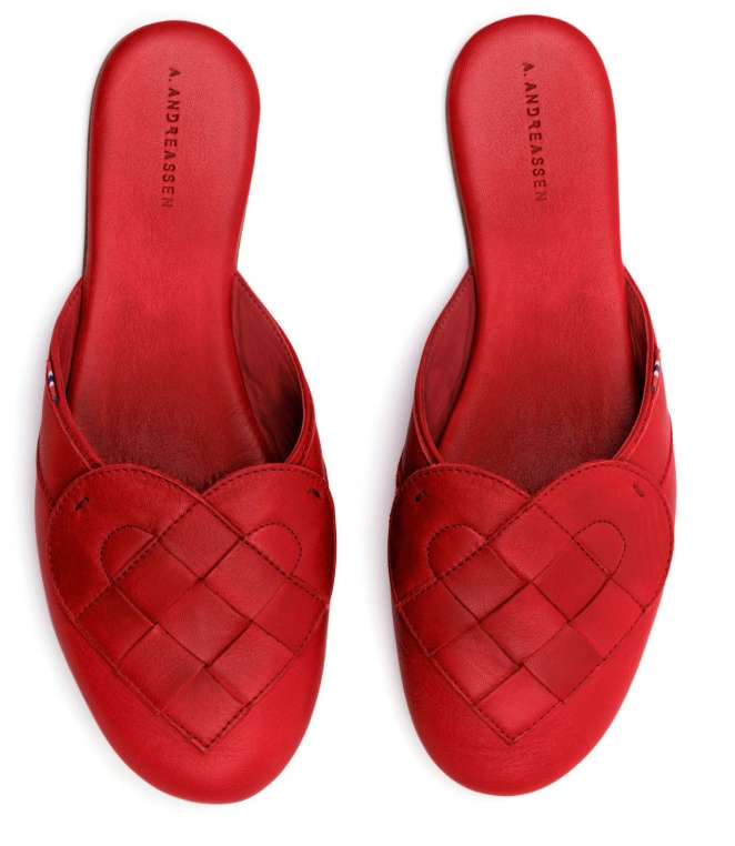 Slippers from A Andreassen. In Style for indoor season.