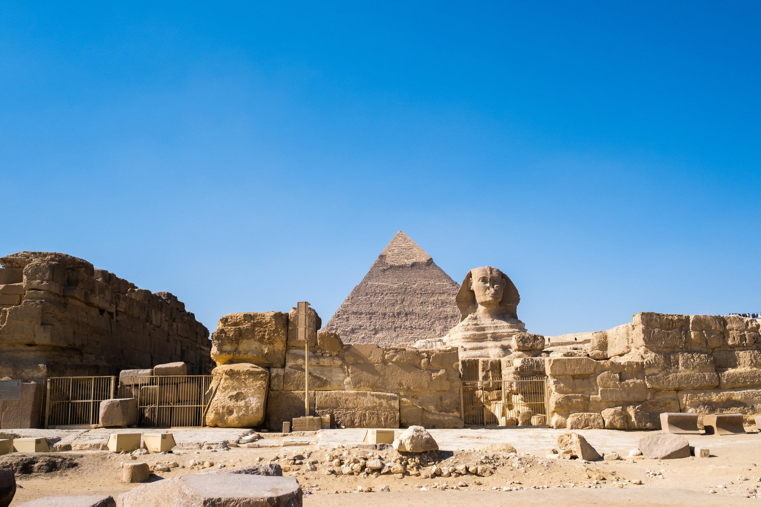 traver to egypt sphinx and giza pyramids.jpg
