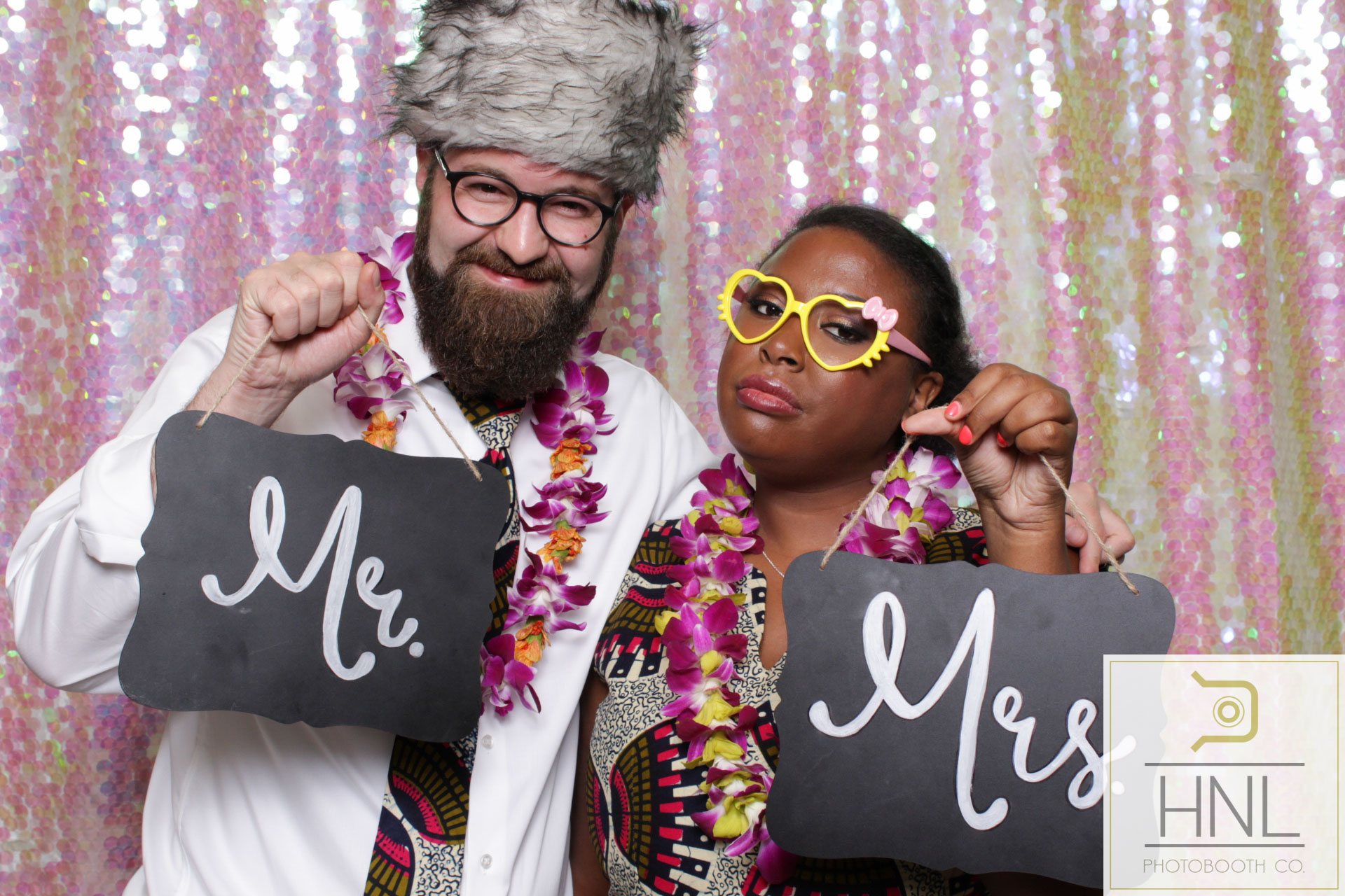 Yemi and Yang Wedding Photo booth Hiltion Hawaiian Village Resort Waikiki Oahu Hawaii -26.jpg